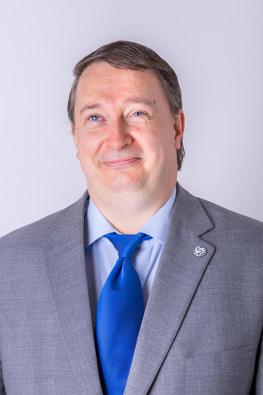 Dr. Jánosi Endre